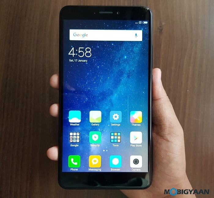Xiaomi-Mi-Max-2-Hands-on-Review-Images-Big-in-size-Big-in-battery-1