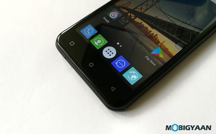 iVoomi-Me-5-Hands-on-Review-Images-9