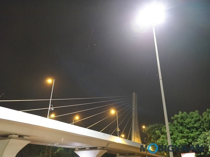 oneplus-5-review-camera-samples-night-9