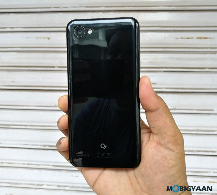 LG-Q6-Hands-on-Review-Back-Images-4