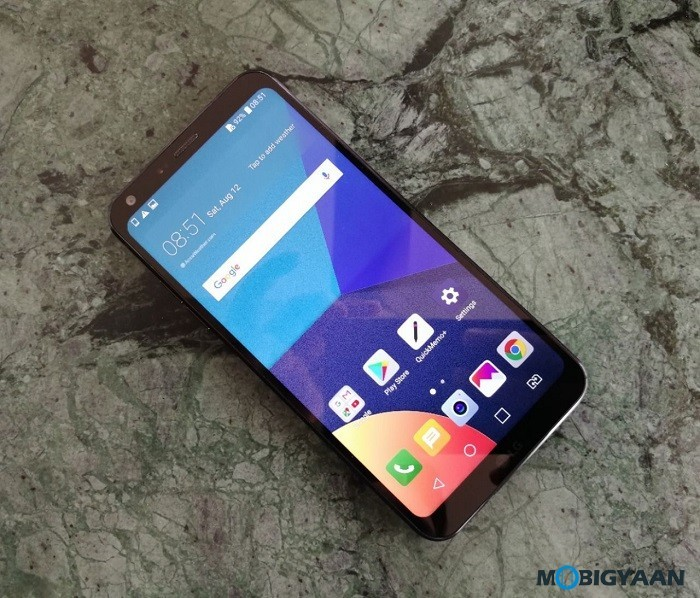 LG-Q6-Hands-on-Review-Front-Images-8
