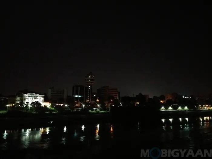 lg-q6-review-camera-night-shots-10-non-hdr