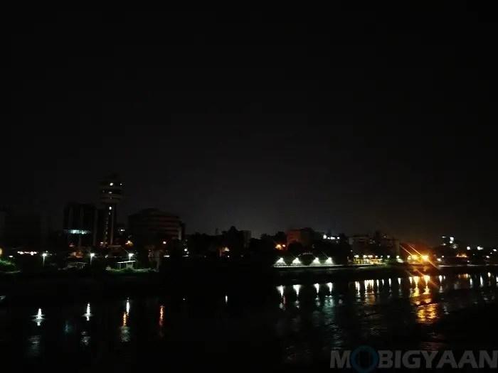 lg-q6-review-camera-night-shots-9-non-hdr