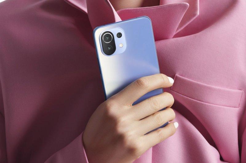 المراجعة الأولية لهاتف Xiaomi Mi 11 Lite 5G NE الجديد