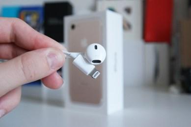 Apple iPhone 7, EarPod-kuulokkeet