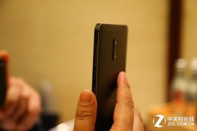 Nokia 6, sivusta
