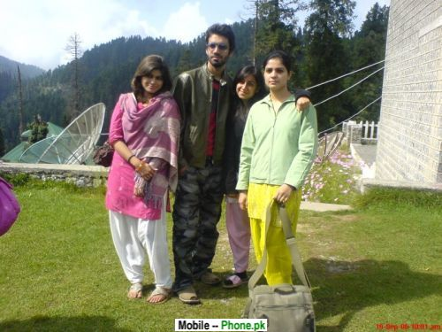 Girl Wallpaper Com Pk Desi Family In Murree Wallpapers Mobile Pics
