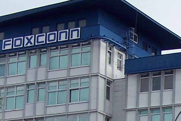 Pegatron and Foxconn Hiring More People New iPhone May Release Soon