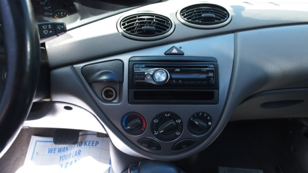 Ford Focus Radio Replacement
