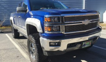 Chevy Silverado Side Steps Add Convenience for New Philadelphia Client