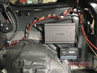 Grand Cherokee Audio