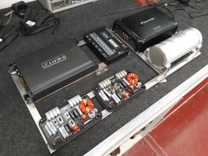 Metal Amp Rack