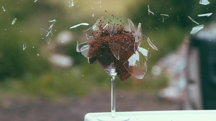 art-broken-explosion-glass
