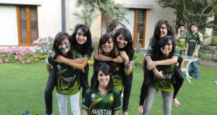 girls-cricekt-shirt-pakistani