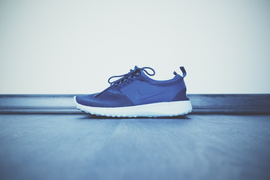 Nike Juvenate TXT Women // Squadron Blue by JD Sports