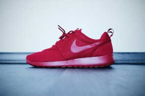 Nike Roshe One // All Red