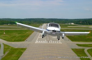 terrafugia-transition-runway-mid terrafugia-transition-runway-mid