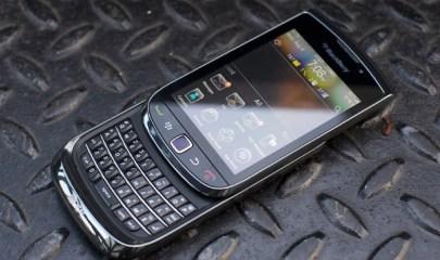 The BlackBerry Torch 9800 Photo: Gizmodo