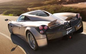 pagani-huayra-supercar-th pagani-huayra-supercar-th
