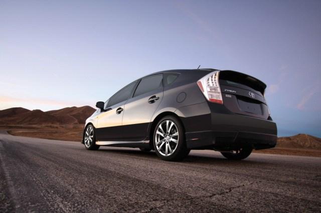 2012-Toyota-prius-plus-rear-three-quarters-1024x682