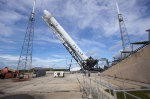 spacex-dragon-commercial-launch-iss-10 spacex-dragon-commercial-launch-iss-10