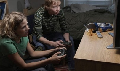 Video-games-make-players-eat-more