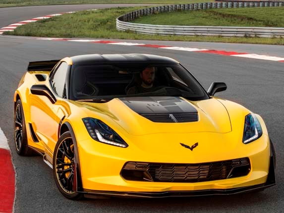 2016-chevrolet-corvettez06-c7r-edition-front-static1-lead-600-001 Cars to look for in 2016
