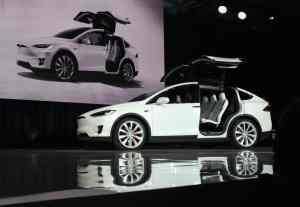 tesla-car-300x207 Tesla Just Announced All Its Car Models will Have Self-Driving Hardware
