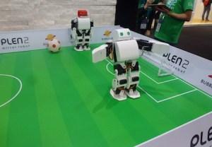 Plen2robot