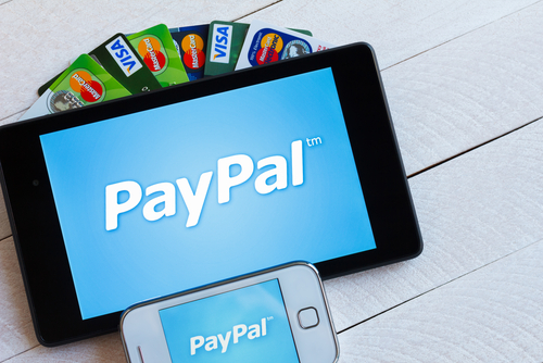 Visa deal eases PayPal's way into offline payments - Mobile