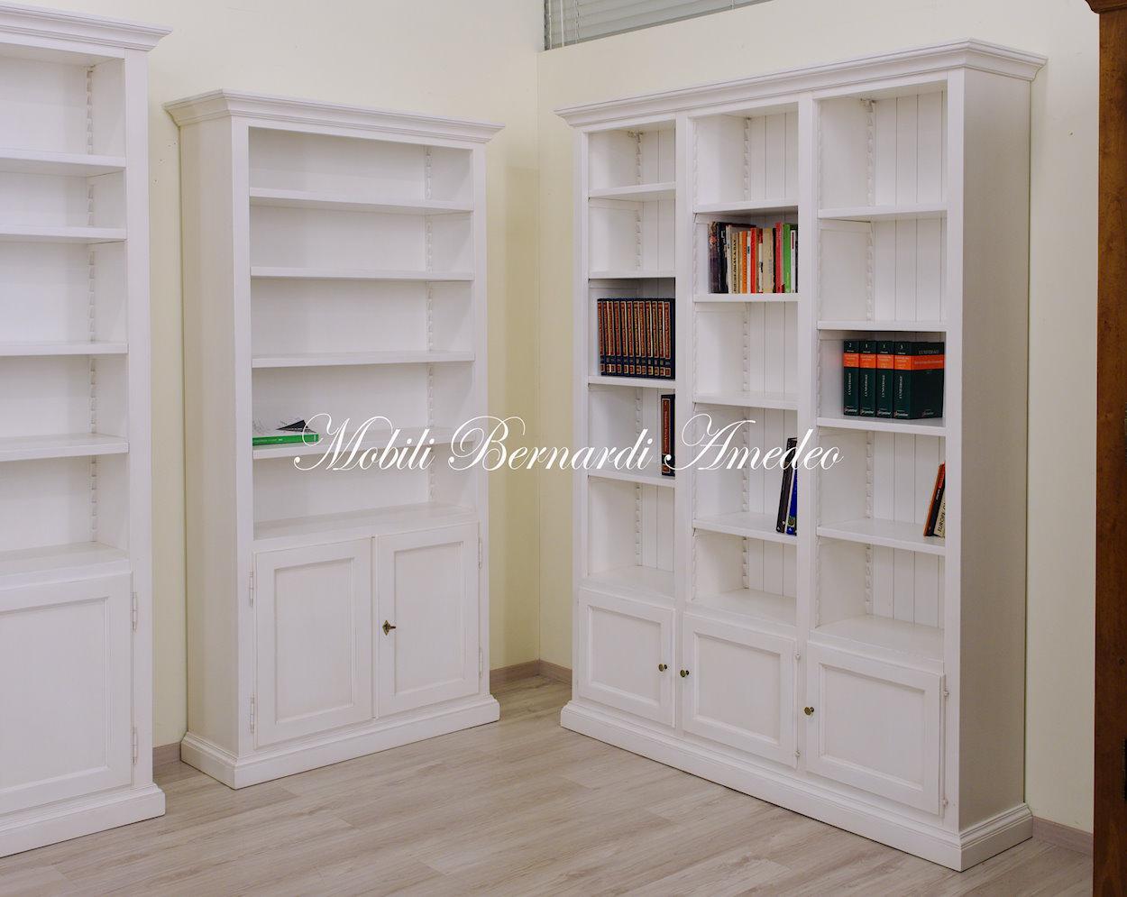 Libreria bianca in legno  Librerie