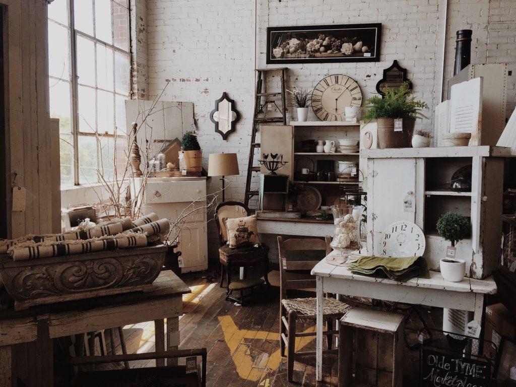 I mobili, in legno, chiarissimi o bianchi saranno abbinati a un. Stile Country Shabby Provenzale Archivi Mobili Per Passione