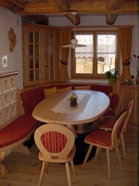 Tavoli da soggiorno moderni e classici tavoli da cucina