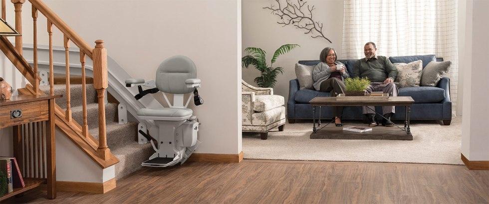 stair-lift-bruno-elite-curved-indoor-chair-hero