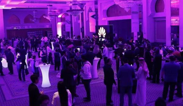 Huawei Dubai 012016-16