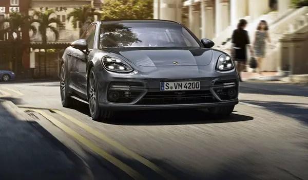 Porsche Panamera 4S grey front