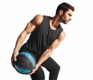 Medicine Ball Reviews: Add Some Fun To Your Workout!