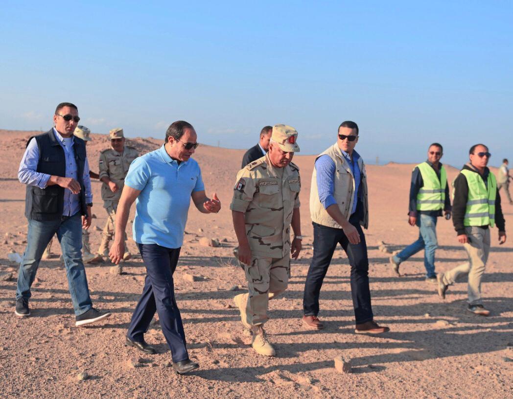 نتيجة بحث الصور عن السيسى يشهد الأعمال الإنشائية لطريق النفق شرم الشيخ