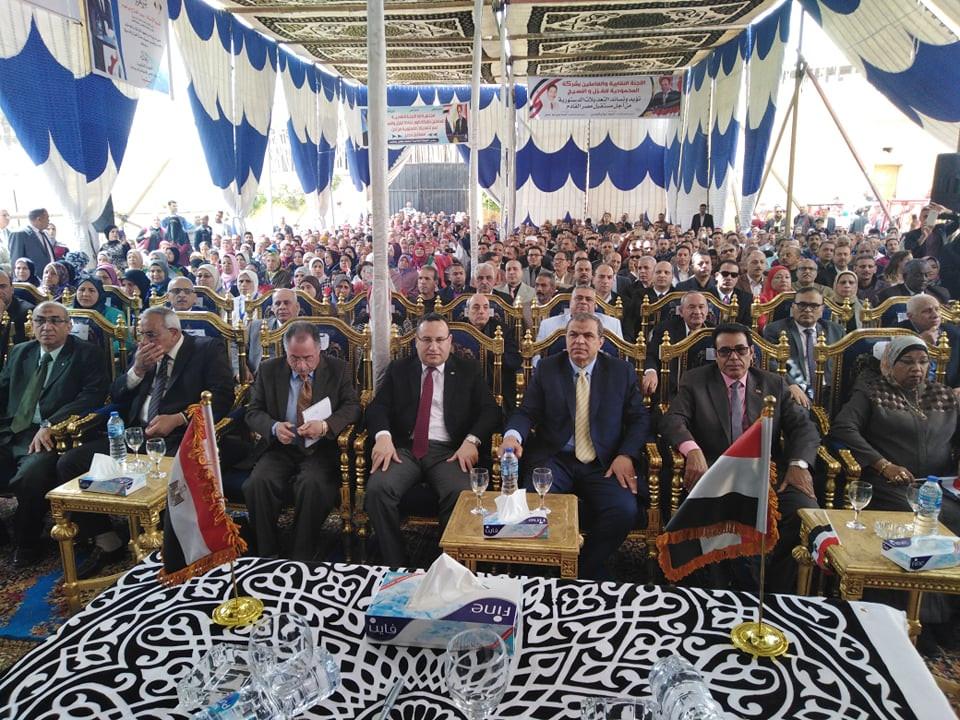 وزير القوي العاملة يفتتح المنتجع السياحي للغزل والنسيج