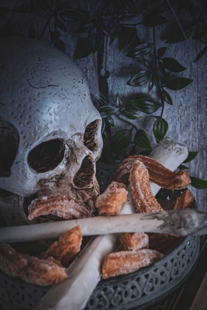 Totenkopf mit Pumpkin Spice Churros