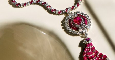 A Bulgari Necklace With a Jazz Age Flair