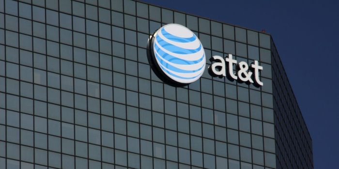 AT&T Gets Another Upgrade. Still, It's a Slow Climb Out of a Deep Hole.