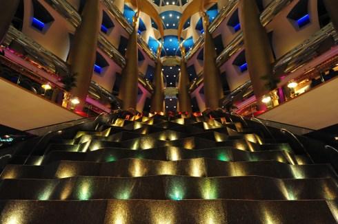 Dubai 7star hotel Burj al Arab interior