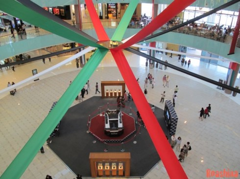 Dubai shopping Mall interior