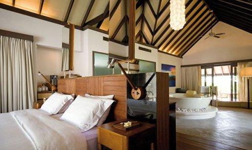 Maldives luxury hotel Coco Palm Dodu Hithi
