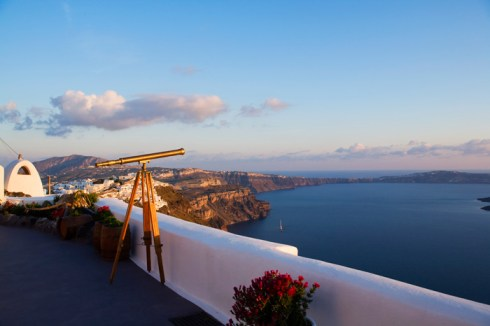 Luxury suites in greek island Santorini