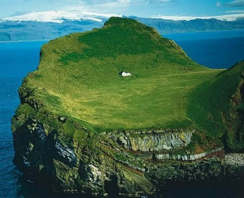 world's most seclucted houses