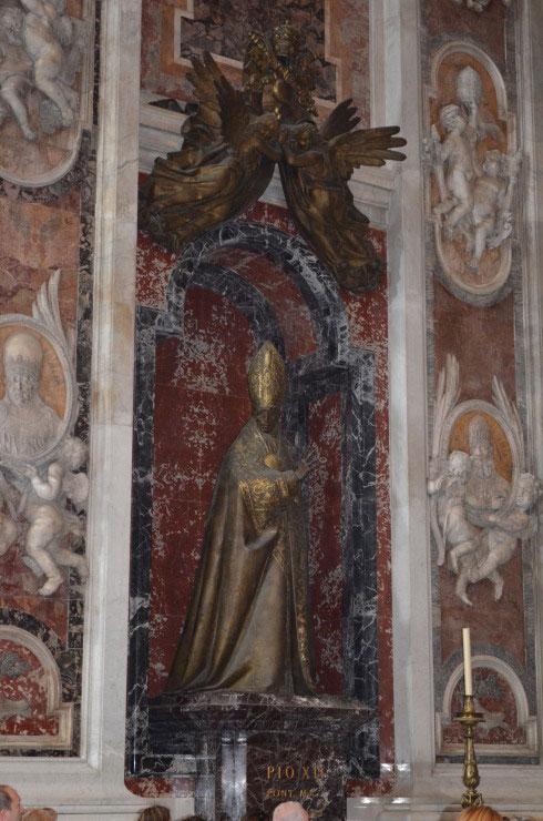 Rome_St._Peter's_Basilica_Vatican_City5