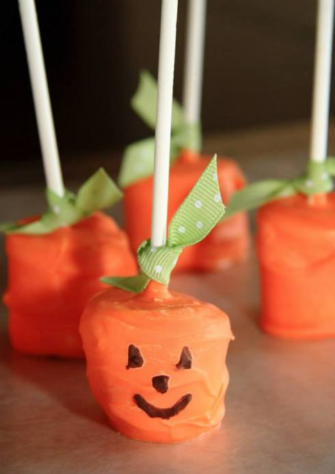Easy and cute marshmallow pumkins halloween recipe
