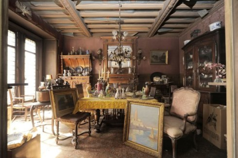 Madame de Florian's apartment untouched for 68 years 5